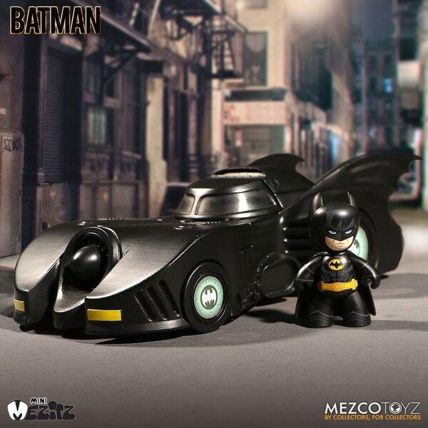 DC Universe Mez-Itz 1989 Batman & Batmobile