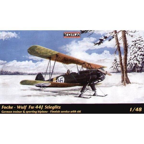 Focke Wulf Fw 44J Stieglitz with skis.