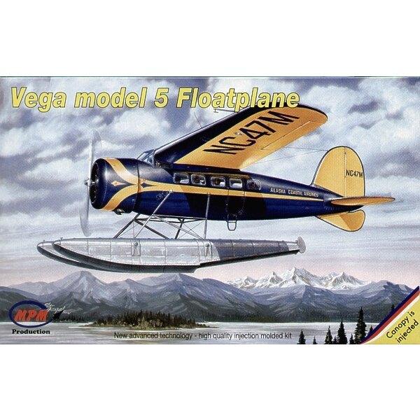 Lockheed Vega float plane