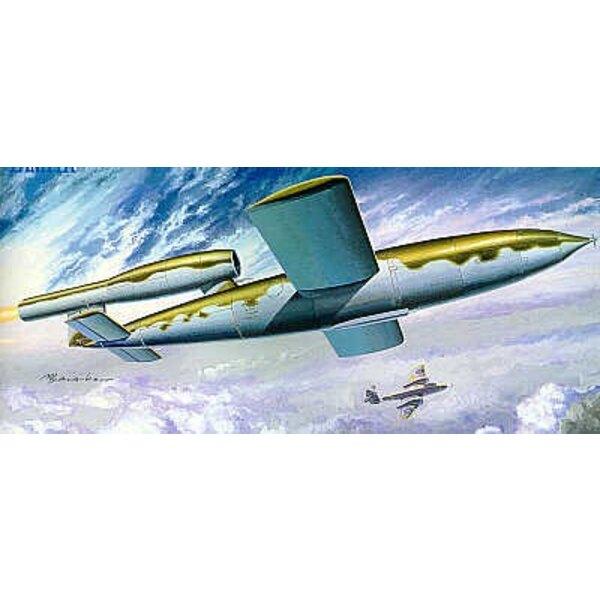 V-1 flying bomb (Fieseler Fi 103) Flying V-1 Bomb