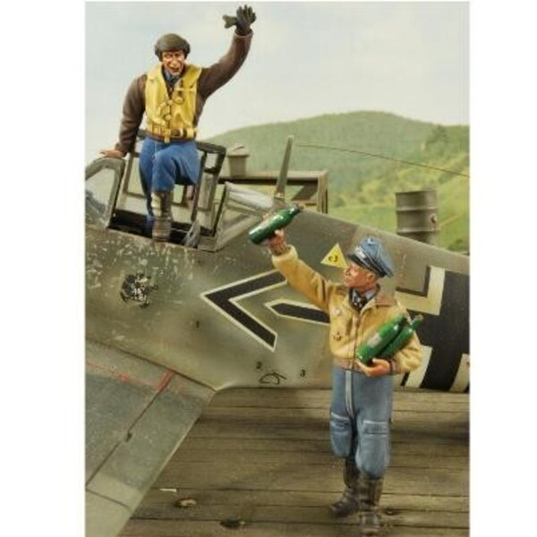 2 Ace Fighter Pilots 1:32