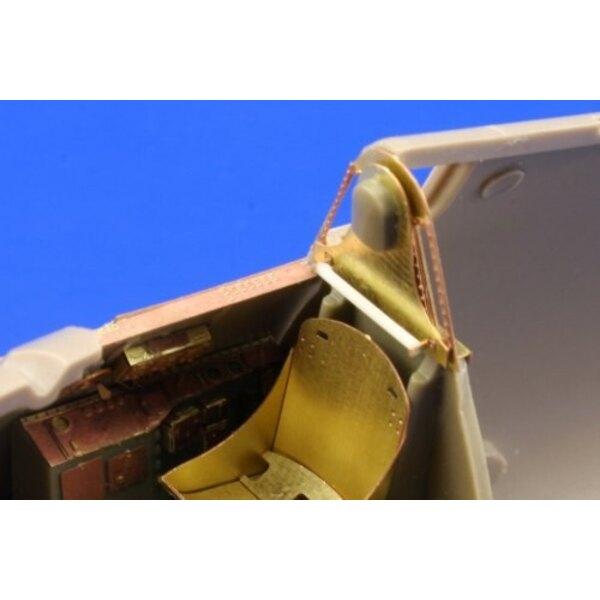 Grumman F6F-3 Hellcat (self adhesive) PRE-PAINTED IN COLOUR! (per i kit modello da Eduard) This Zoom set is a simplified version