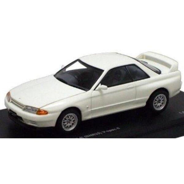 Nissan Skyline GTR White