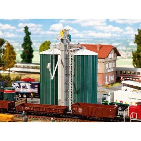 Dual silo