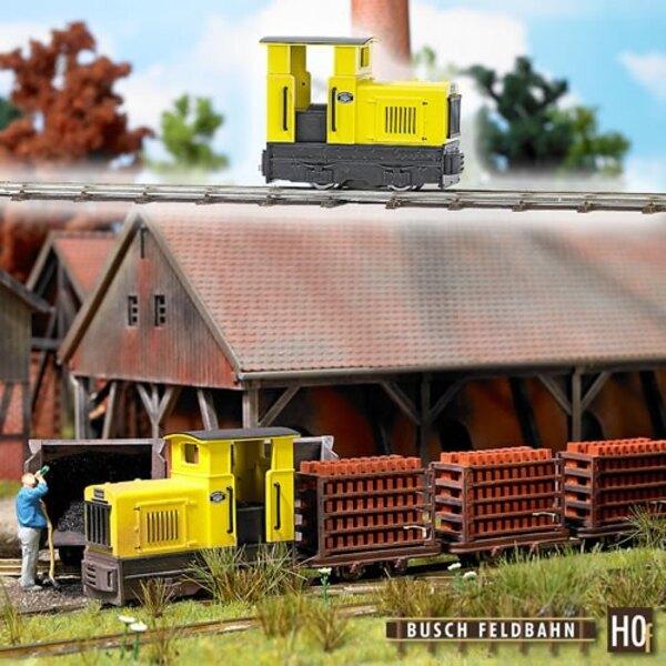 Locomotiva a scartamento ridotto della cabina chiusa