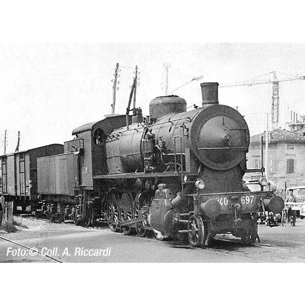 Locomotiva a vapore gr. 740 Caprotti con carrello tenera, lanterne e piccoli cowcatcher,