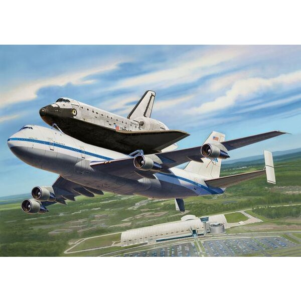 Space Shuttle & Boeing 747