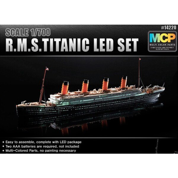 RMS Titanic + LED setUpper ponte e cabina illuminazione effectMCP (Multicolore parti) LED stare unit.Display con holder.Requires