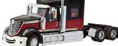 Modellini camion da costruire